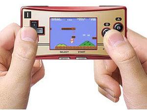 三大デザインが良いゲーム機「ゲームボーイミクロ」「アドバンスSP」「ゲームキューブ」